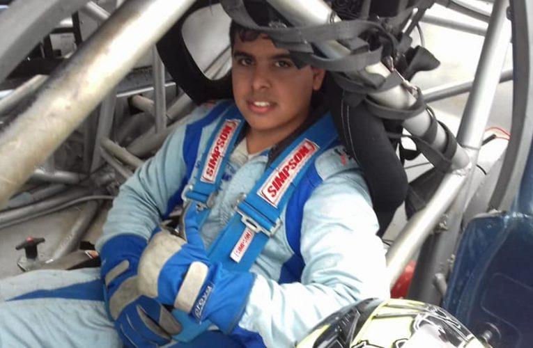 Sebastián Almada compite en una nueva fecha del TC Pista Entrerriano