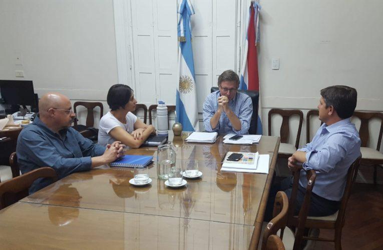 Reunión del intendente Besel con el Ministro Juan José Bahillo en Paraná